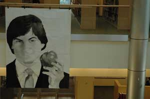 Jobs's portrait a new addition to library