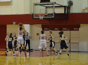 Women's basketball hopes to finish strong