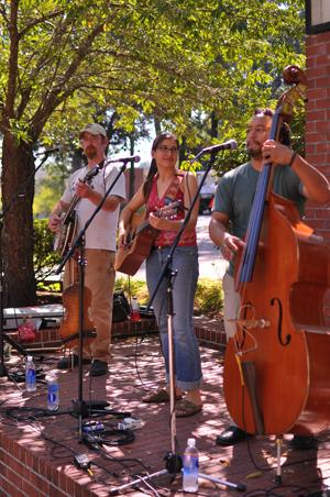 Noon Tunes jazzes up Square