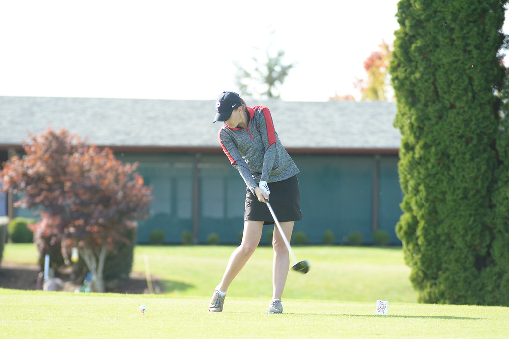 Sophomore Jessica Braun was a key contributor for the women's team this fall season.